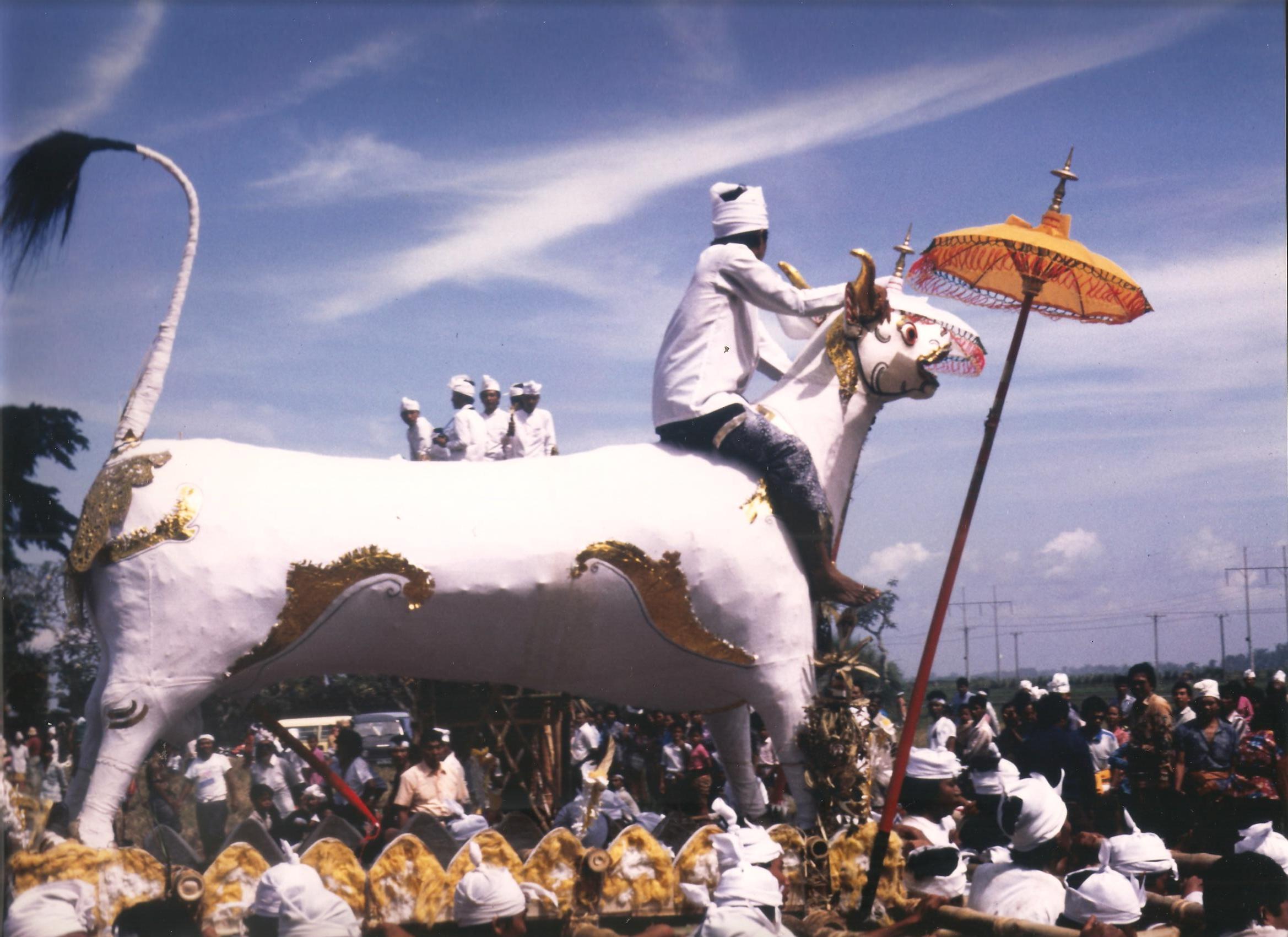 Cerimònia de cremació. Java